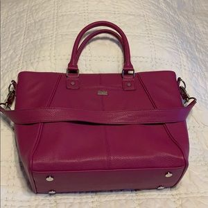 Jewell berry handbag with shoulder strap